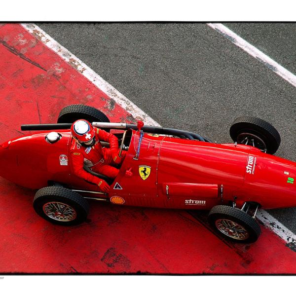 Ferrari 03 -web
